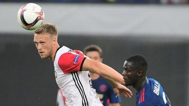 Nicolai Jorgensen (L) scored late as Feyenoord beat Twente