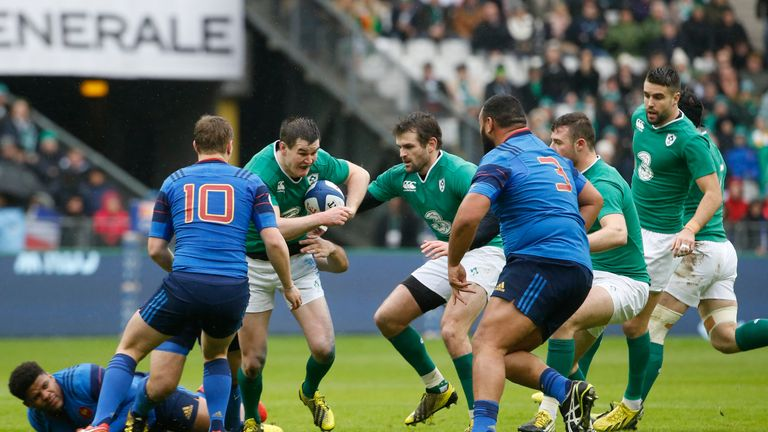 Ireland's fly-half Jonathan Sexton (3rd L) makes his way during the Six Nations international rugby union match between France and Ireland at the Stade de