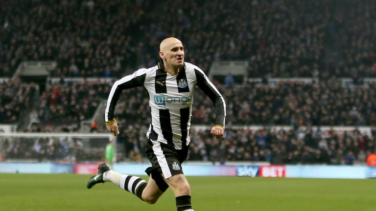 Newcastle United's Jonjo Shelvey celebrates