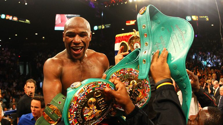 Floyd Mayweather 'coming out of retirement' for Conor McGregor bout
