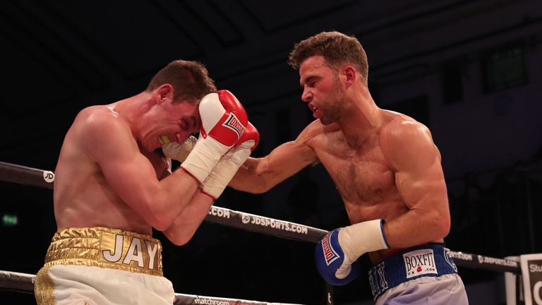 Felix Cash completed a commanding six-round points win over Jay Byrne