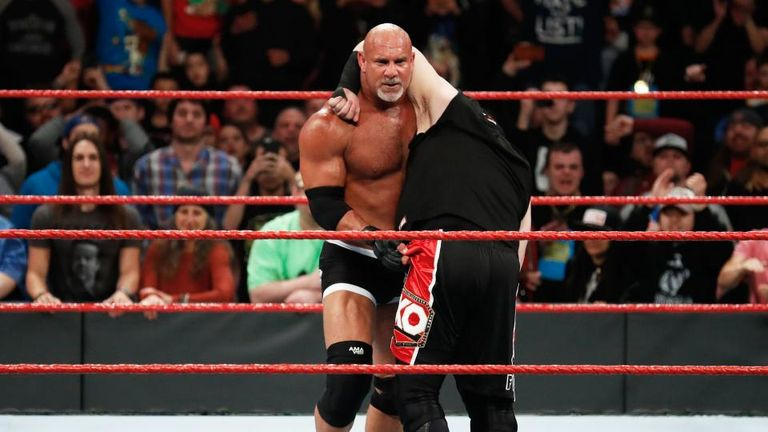 Goldberg becomes world champion for first time in 14 years