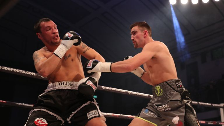 Ball hurt Olegs Fedotovs with an early flurry of punches in the first round