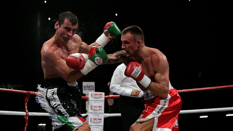 Kessler suffered his first defeat on points against Joe Calzaghe