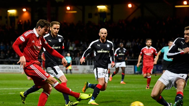 Aberdeen's Kenny McLean scores his side's third goal
