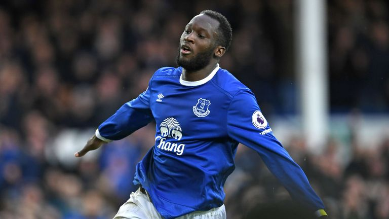 Romelu Lukaku celebrates after scoring for Everton against Hull