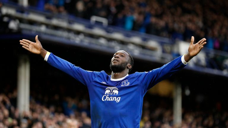 Lukaku celebrates his first and Everton's third late on