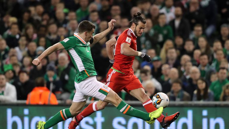 Coleman and Bale battle for the ball at the Aviva Stadium