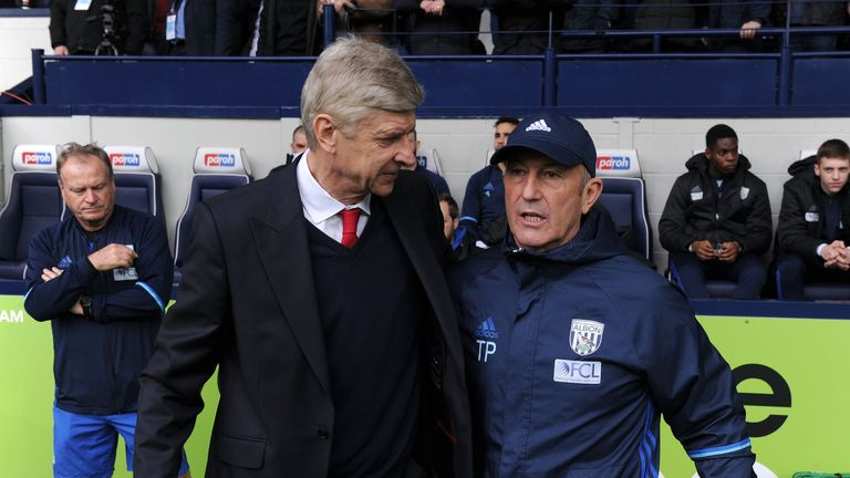 Tony Pulis has given his backing to under fire Wenger