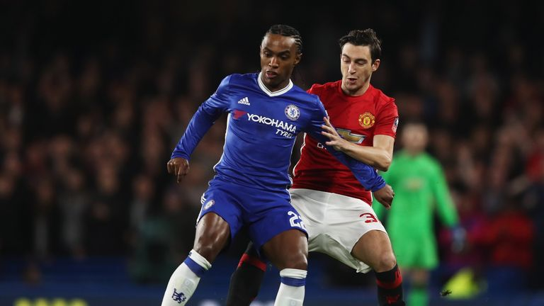 Juventus enter further negotiations with Man United for Matteo Darmian