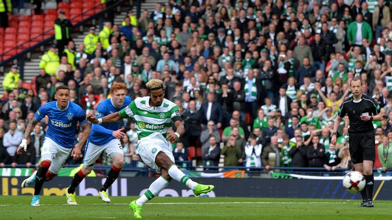 Scott Sinclair converted from the spot to double Celtic's advantage against Rangers