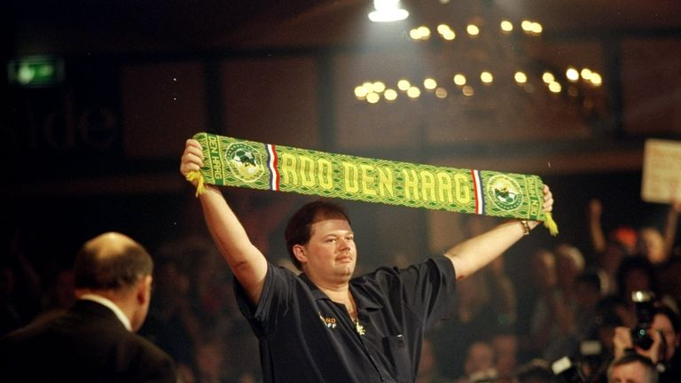 Barney was spotted playing darts in a pub called 'The Entertainer' and he's entertained crowds ever since