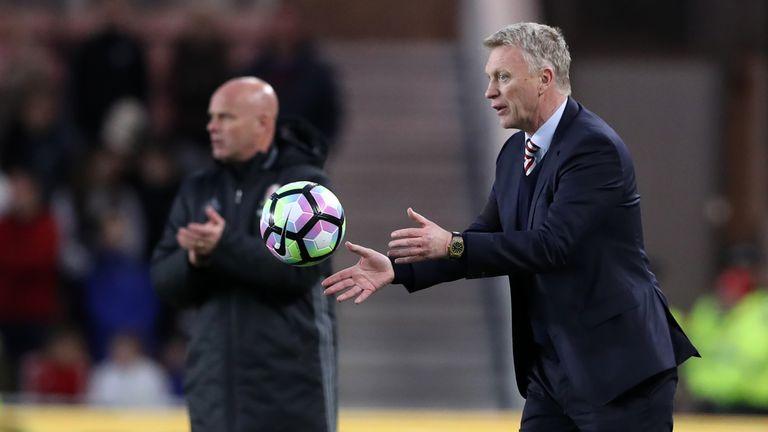 Sunderland manager David Moyes catches the ball