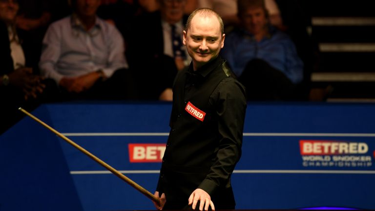 Graeme Dott is through to the second round at the Crucible