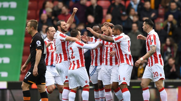 Stoke voted in favour of closing the Premier League transfer window before the season starts