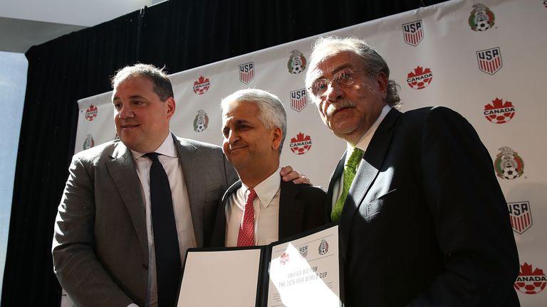 Sunil Gulati, (centre)  Victor Montagliani (left) and Decio De Maria unveil the World Cup bid