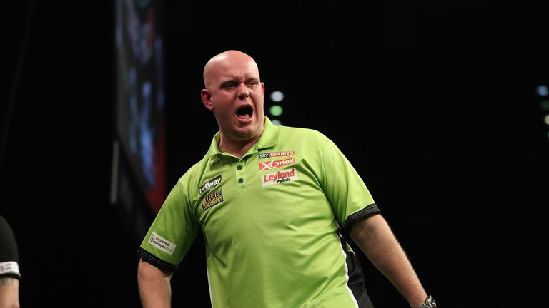 Michael van Gerwen draws with Dave Chisnall in Premier League