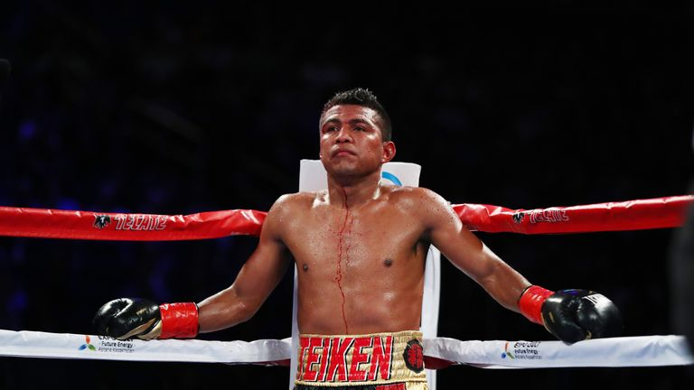 Roman Gonzalez lost the WBC belt after suffering his first professional defeat