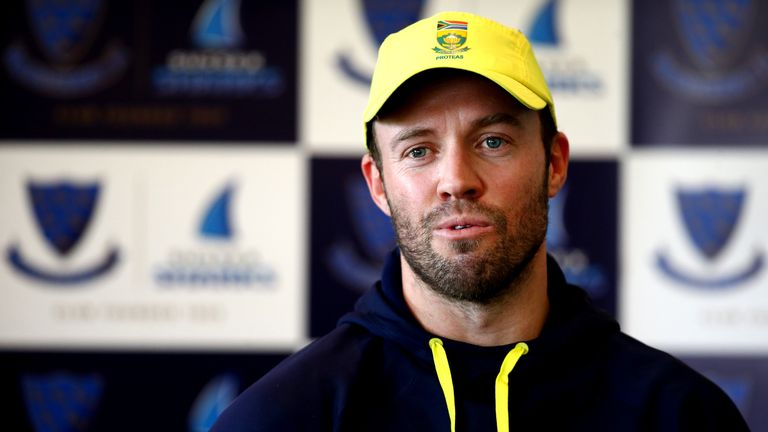 South Africa one-day captain AB de Villiers feels England will be among Champions Trophy favourites