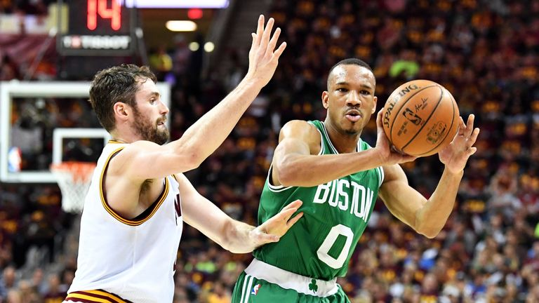 Irving, Cavaliers rebound with Game 4 win over Celtics