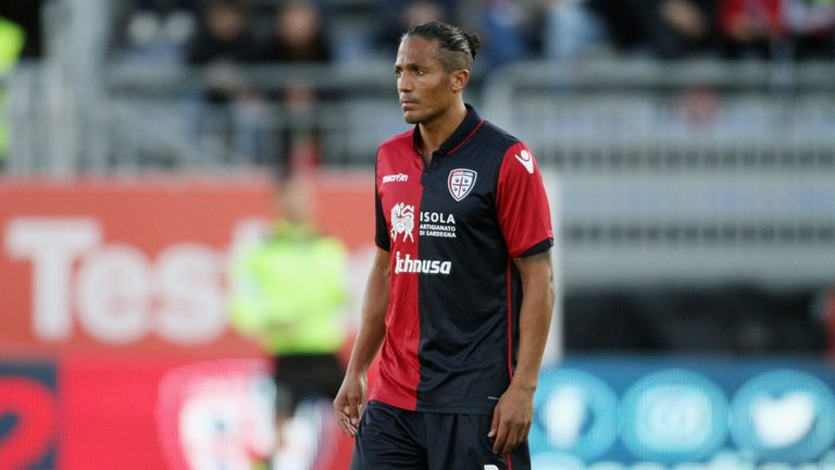 Bruno Alves in Glasgow, Pedro Caixinha to complete first deals