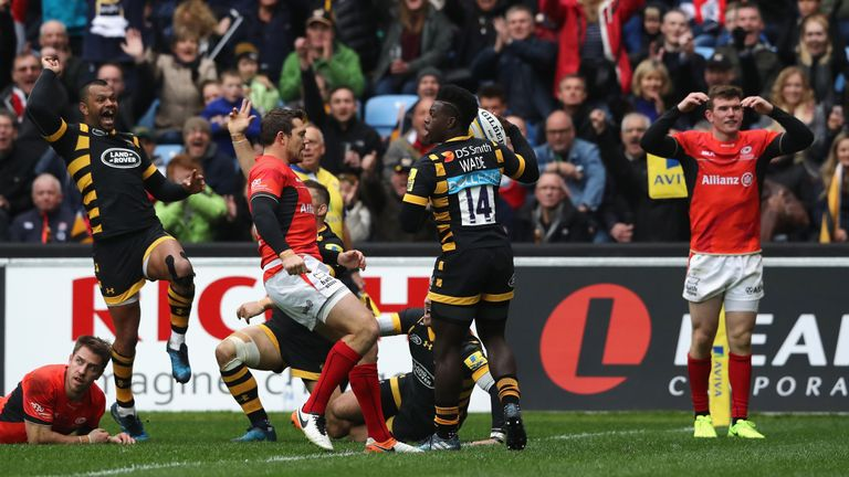 Christian Wade touches for his record equalling 17th try