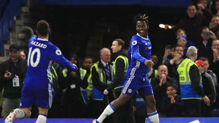 Batshuayi celebrates Chelsea's third goal and his second in as many games