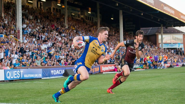 Stefan Ratchford can't prevent Matt Parcell from scoring a try at Headingley on Friday