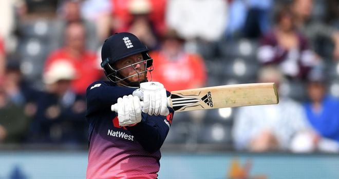Bairstow sends England selectors reminder of his one-day batting power