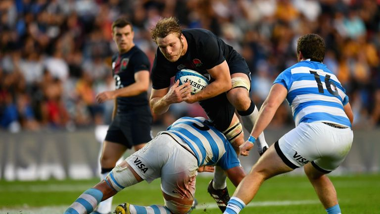 Joe Launchbury on the charge for England