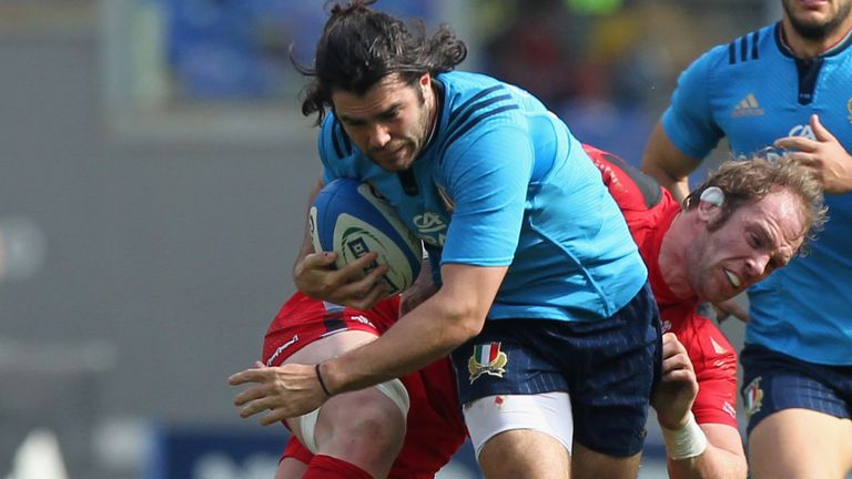 Italy international Luke McLean has left Benetton for Premiership side London Irish