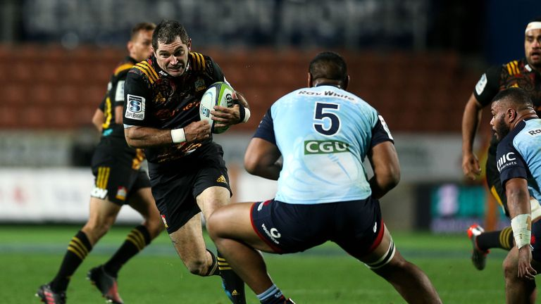 Stephen Donald in action for the Chiefs against the Waratahs