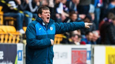St Johnstone manager Tommy Wright has signed Denny Johnstone on a season-long loan