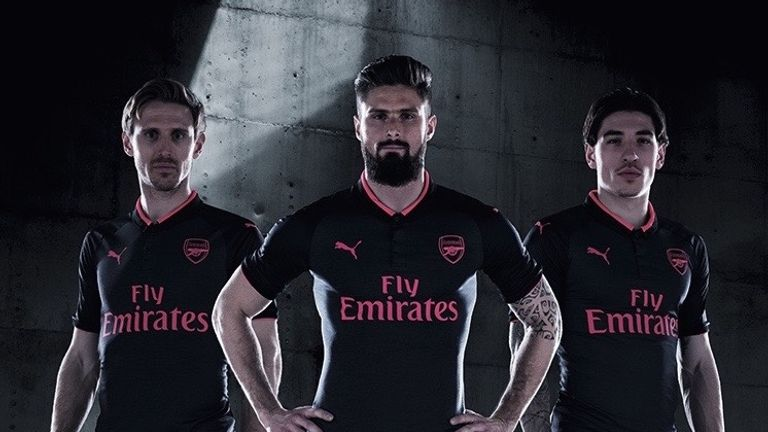 Nacho Monreal, Olivier Giroud and Hector Bellerin unveil Arsenal's new third kit. (Image: Arsenal FC)