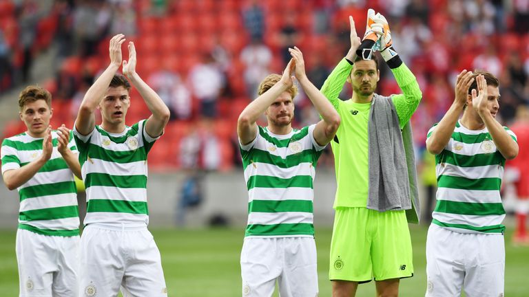 Celtic see off Linfield, set to face Rosenborg in third qualifying round