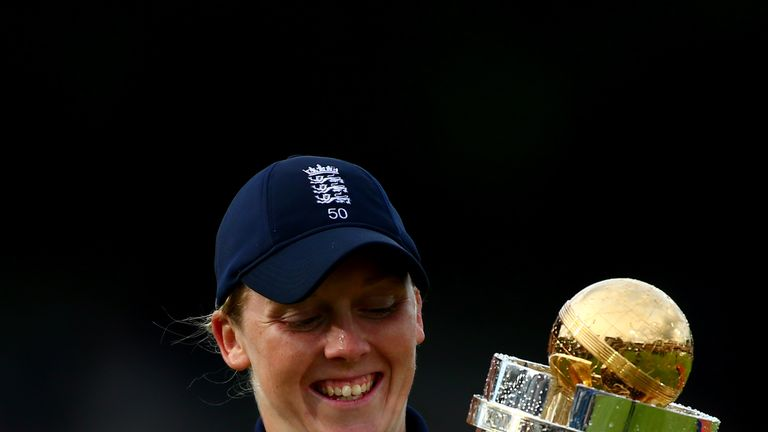 Heather Knight receives an OBE after captaining England to World Cup success