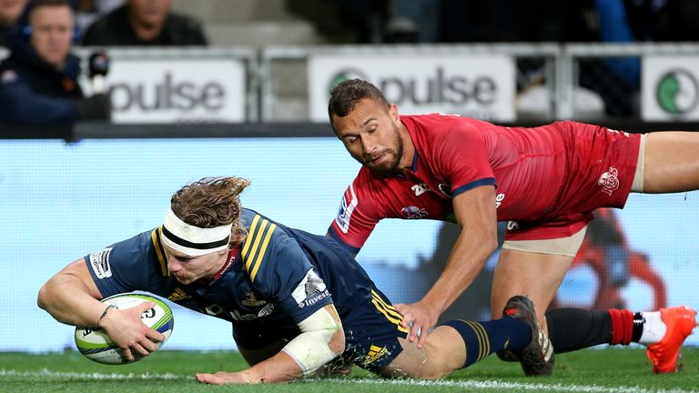 James Lentjes dives over to score one of the Highlanders' six tries