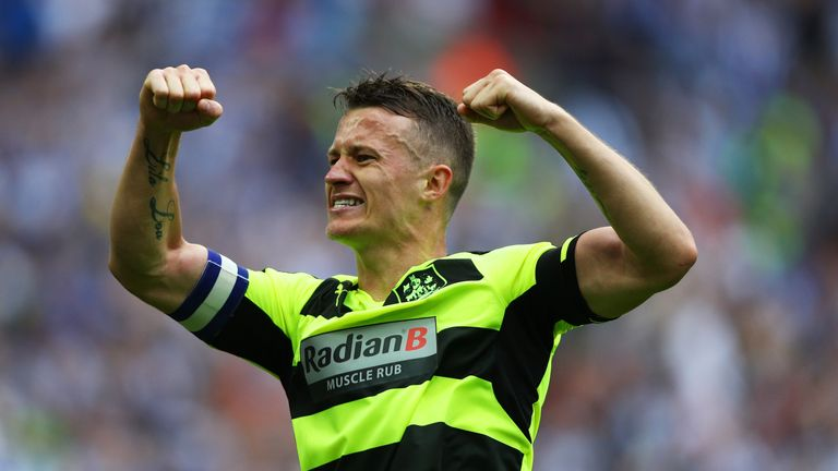 Jonathan Hogg will remain at Huddersfield until 2020 after signing a new deal