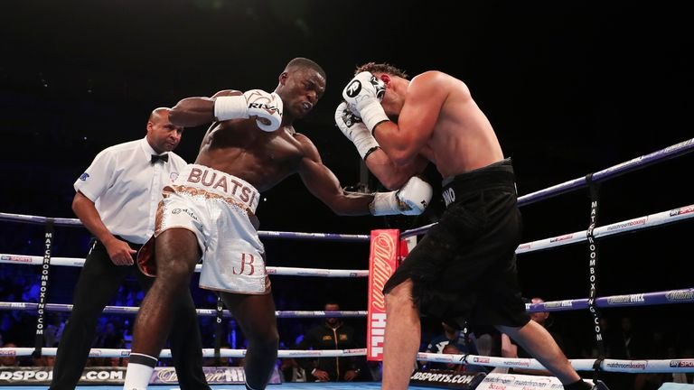 Buatsi showed excellent punch variety from the opening bell