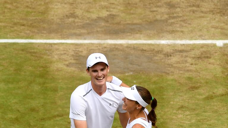Murray and Hingis beat Watson and Kontinen in the final