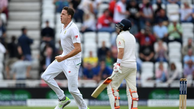 South Africa 75-1, lead England by 205 runs in 2nd Test