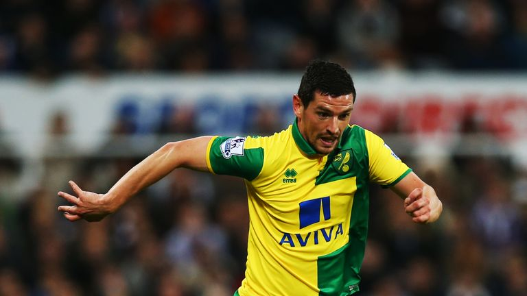 Rangers agree £1.3m fee with Norwich for Graham Dorrans