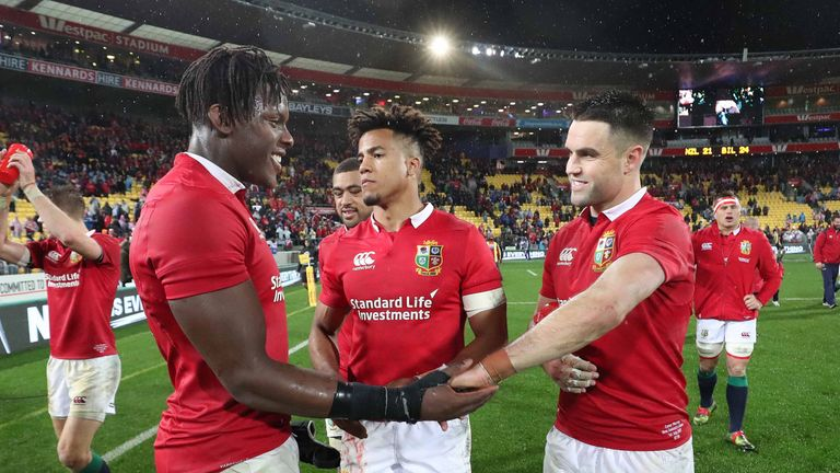 Maro Itoje, Anthony Watson and Conor Murray celebrate Saturday's win over New Zealand