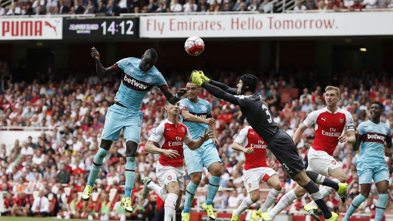 A league debut to forget for Petr Cech two years ago