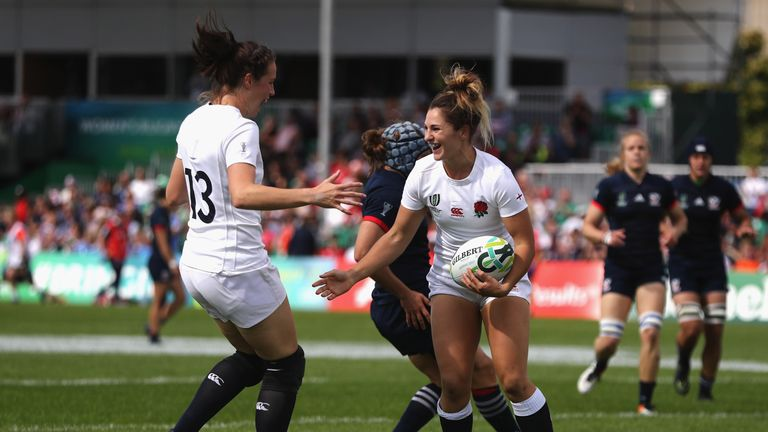 England confirmed their passage to the semi-finals of the Women's Rugby World Cup with victory over the USA