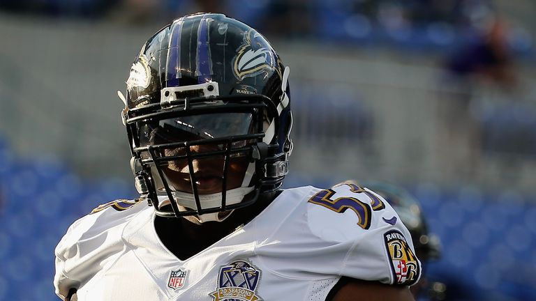 Jeremy Zuttah signs back with the Ravens to a 2-year deal
