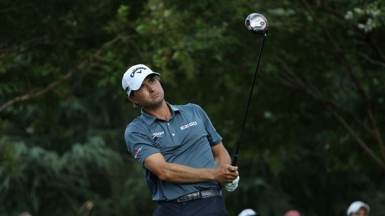 Kisner double-bogeyed the 16th and was lucky to drop only one shot at the last