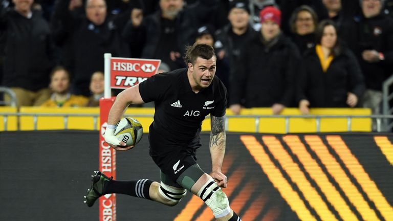 New Zealand flanker Liam Squire scored the first try in their 54-34 victory over Australia in Sydney