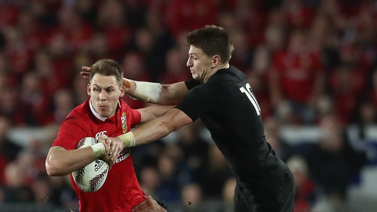 Liam Williams will replace Chris Ashton in the Saracens back line this season