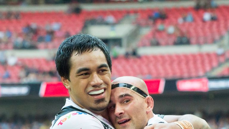 Hull FC's Mahe Fonua (left) and Danny Houghton celebrate last year's win